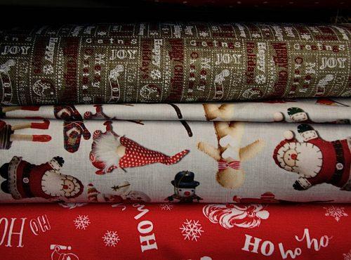 Stoffe con stampe natalizie
